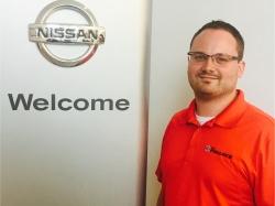 Service Advisor Allan Berlew in Service at Ken Pollock Nissan