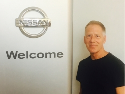 Service Technician Jeff Minsavage in Service at Ken Pollock Nissan