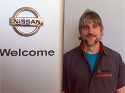 Service Technician Paul Menichelli in Service at Ken Pollock Nissan