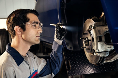 Get up to a $60 Rebate by Mail on MotorCraft® Complete Brake Service
