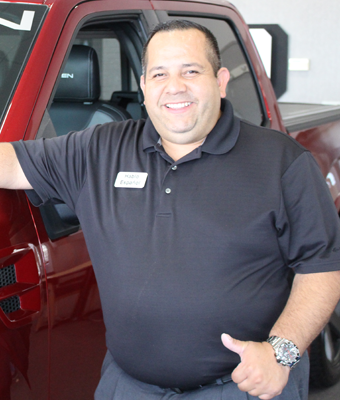 Spanish Speaking Sales Alvaro Pineros in Staff at Shottenkirk Ford Jasper