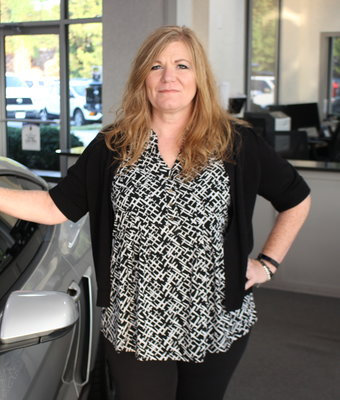 Controller Shani Holtry in Staff at Shottenkirk Ford Jasper