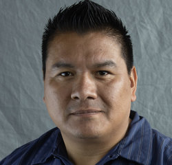Service Technician Luis C. in Service Department at Gridley Country Ford