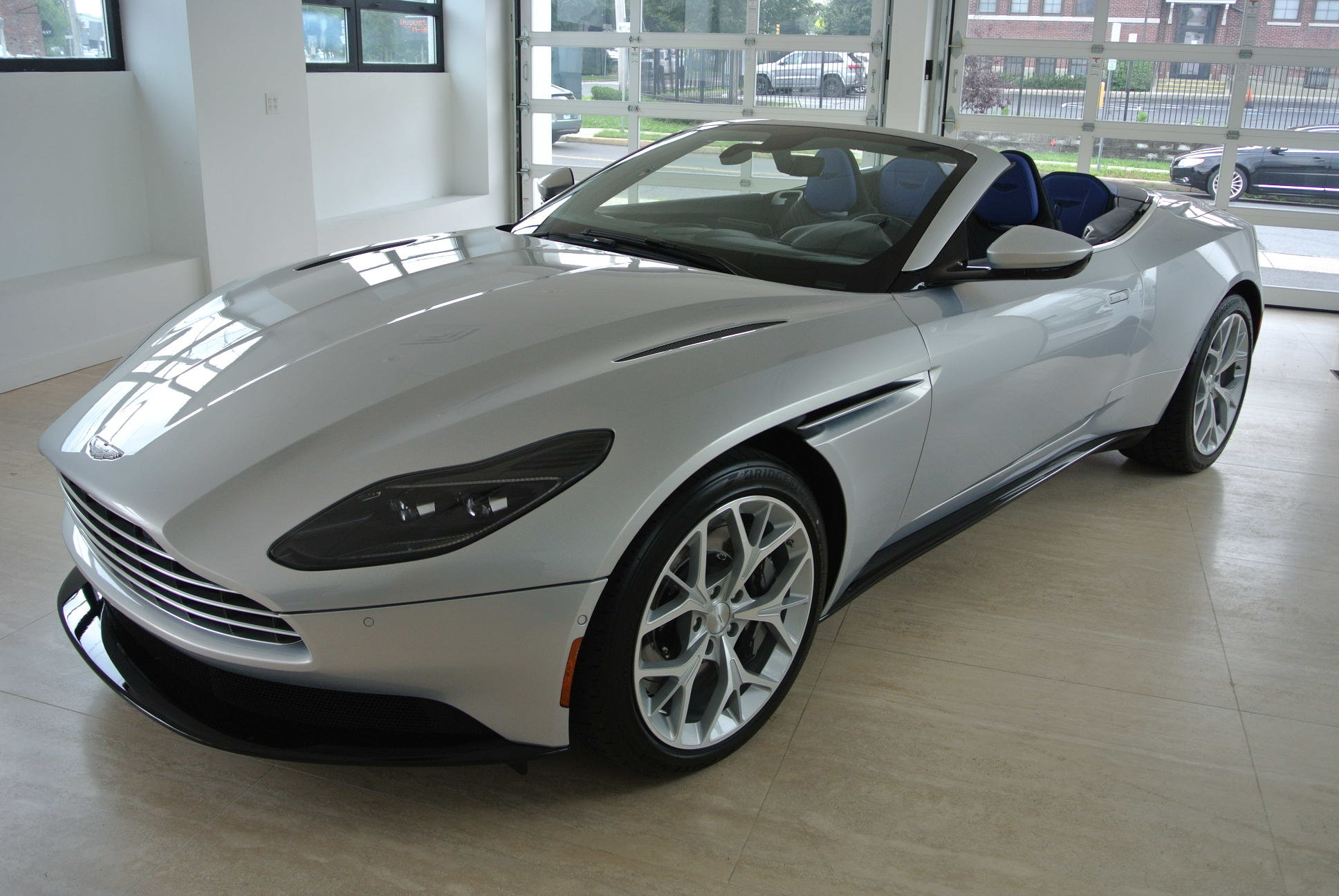 Special offer on 2019 Aston DB11 2019 Aston Martin DB11 Volante