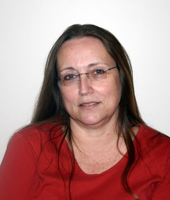 Accounts Payable Nancy Kozura in Office at Hagerstown Ford