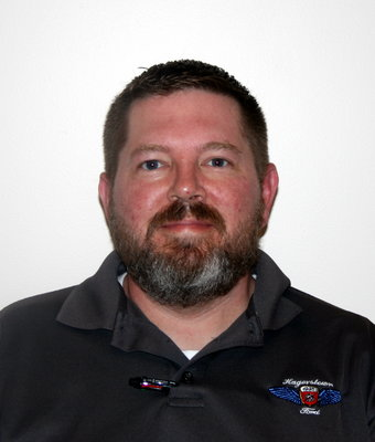 Inventory/Dealer Exchange Manager J.D. Layman in Sales at Hagerstown Ford