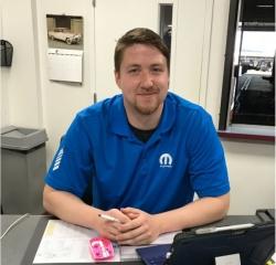 Express Lane Advisor Neal Allen in Service at Gene's Chrysler Dodge Jeep RAM