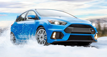 new ford focus rs tearing through the snow in NH