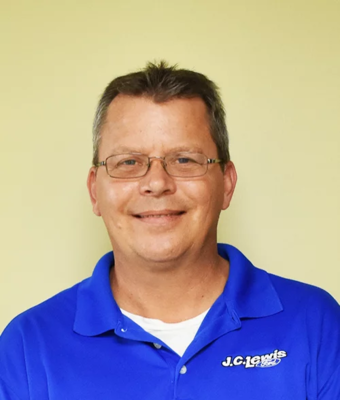 Service Manager Marty Prigge in Service at J.C. Lewis Ford Hinesville