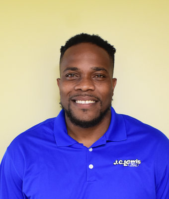 Sales Associate Travis Ford in Sales at J.C. Lewis Ford Hinesville