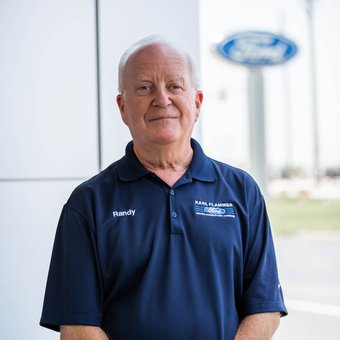 Service Advisor Randy Steinbrook in Service at Karl Flammer Ford