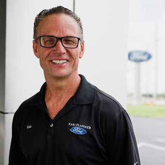 Service Advisor Rob Bender in Service at Karl Flammer Ford
