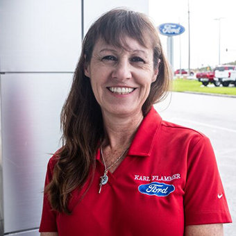 Internal Service Advisor Lisa Smedley in Service at Karl Flammer Ford