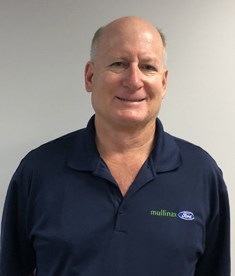 Service Advisor Rick Banic in Service at Mullinax Ford West Palm