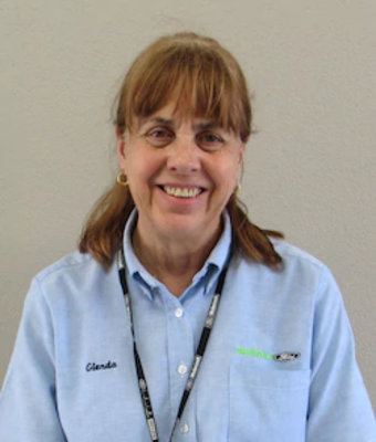 Service Advisor Glenda Edwards in Service at Mullinax Ford West Palm
