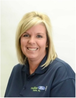 Asst.Manager Rachel Boyington in Body at Mullinax Ford