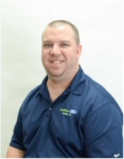 Service Advisor Ryan Reeves in Service at Mullinax Ford