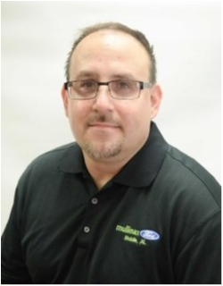 Internet Sales Consultant Shannon Moore in Sales at Mullinax Ford