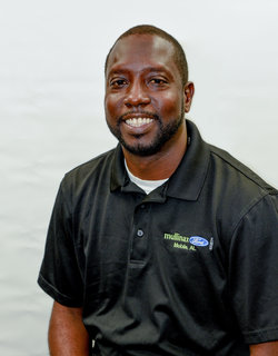 Internet Sales Consultant Lorenzo Pettitt in Sales at Mullinax Ford of Mobile