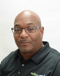 Sales Consultant Kushon Anderson in Sales at Mullinax Ford