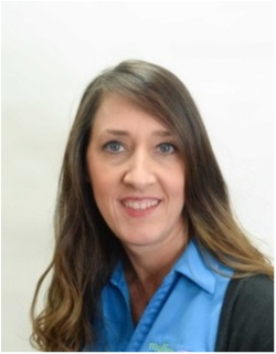 Service Advisor Wendy Bethancourt in Service at Mullinax Ford