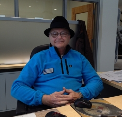 Sales Consultant John Dunn in Sales at Kightlinger Motors