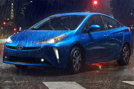 2019 Toyota Prius AWD-e in the rain here in Westbury, NY.