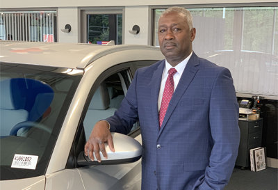 Sales Manager Reggie Reid in Sales at Paramus Hyundai