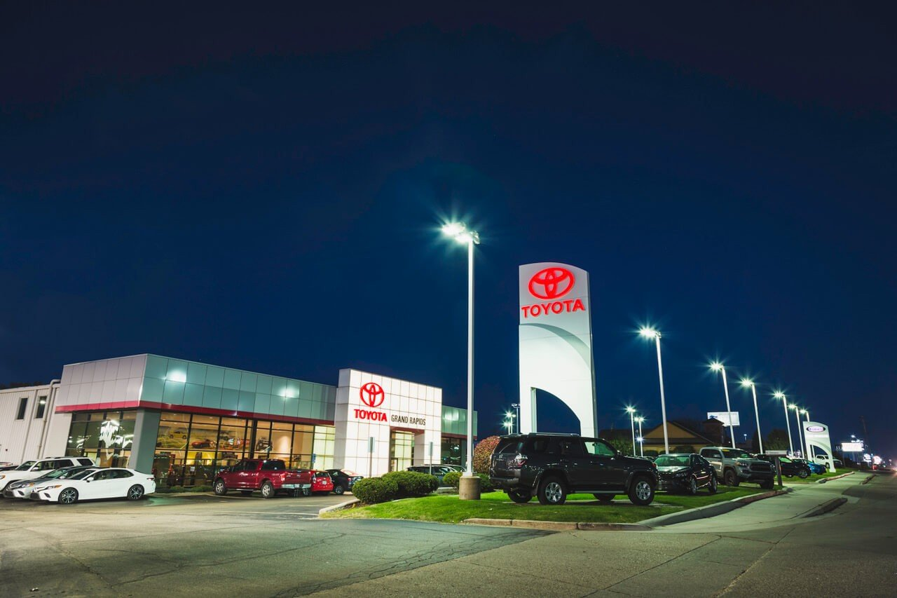 Toyota New Used Car Dealership In Grand Rapids Mi