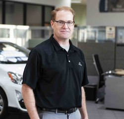 Service Consultant Bruce Diamond in Service at Toyota of Grand Rapids