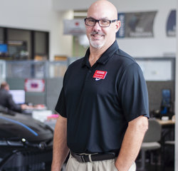 Express Maintenance Manager Randy Adams in Service at Toyota of Grand Rapids