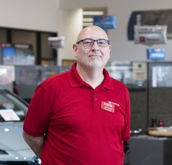 Service Lane Manager Jeff Devries in Service at Toyota of Grand Rapids