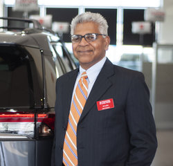 Sales & Leasing Professional Al Luke in Sales at Toyota of Grand Rapids