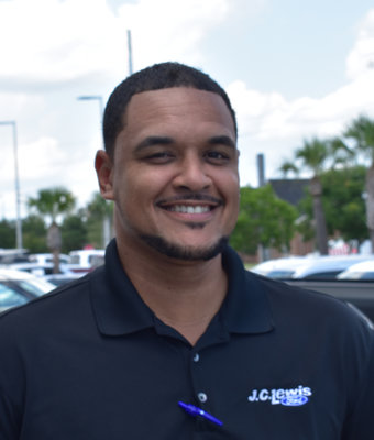 New Car Sales Assoicate Rey Osorio in Sales at J.C. Lewis Ford