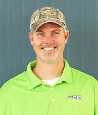 Service Advisor Donny Bazmore in Service at JC Lewis Ford Lincoln of Statesboro