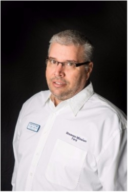 Counterperson Darren Graham in Parts at Shawnee Mission Ford