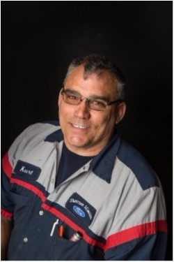 Service Technician Kurt Boydston in Service at Shawnee Mission Ford