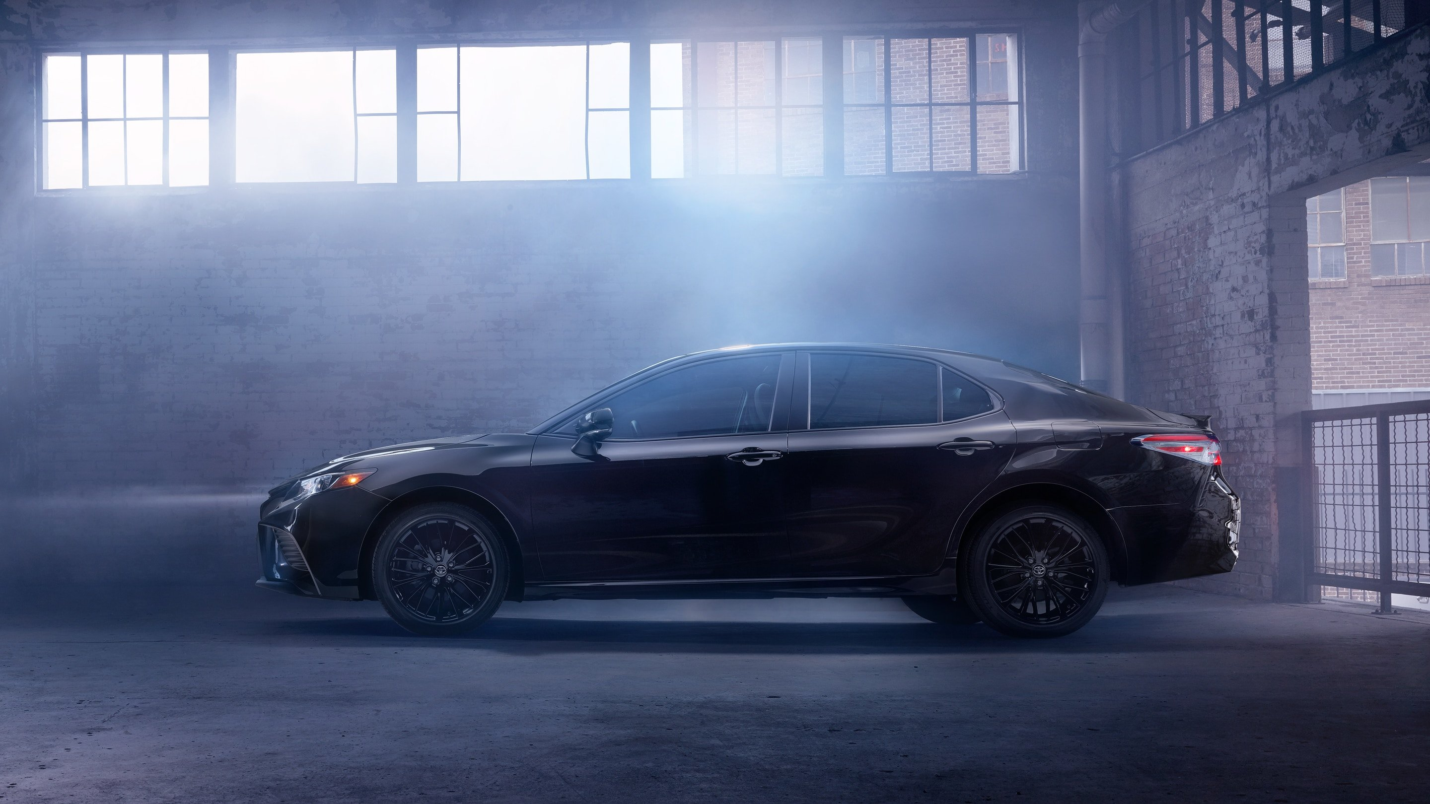 camry in smoke