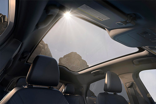 mach-e panoramic roof