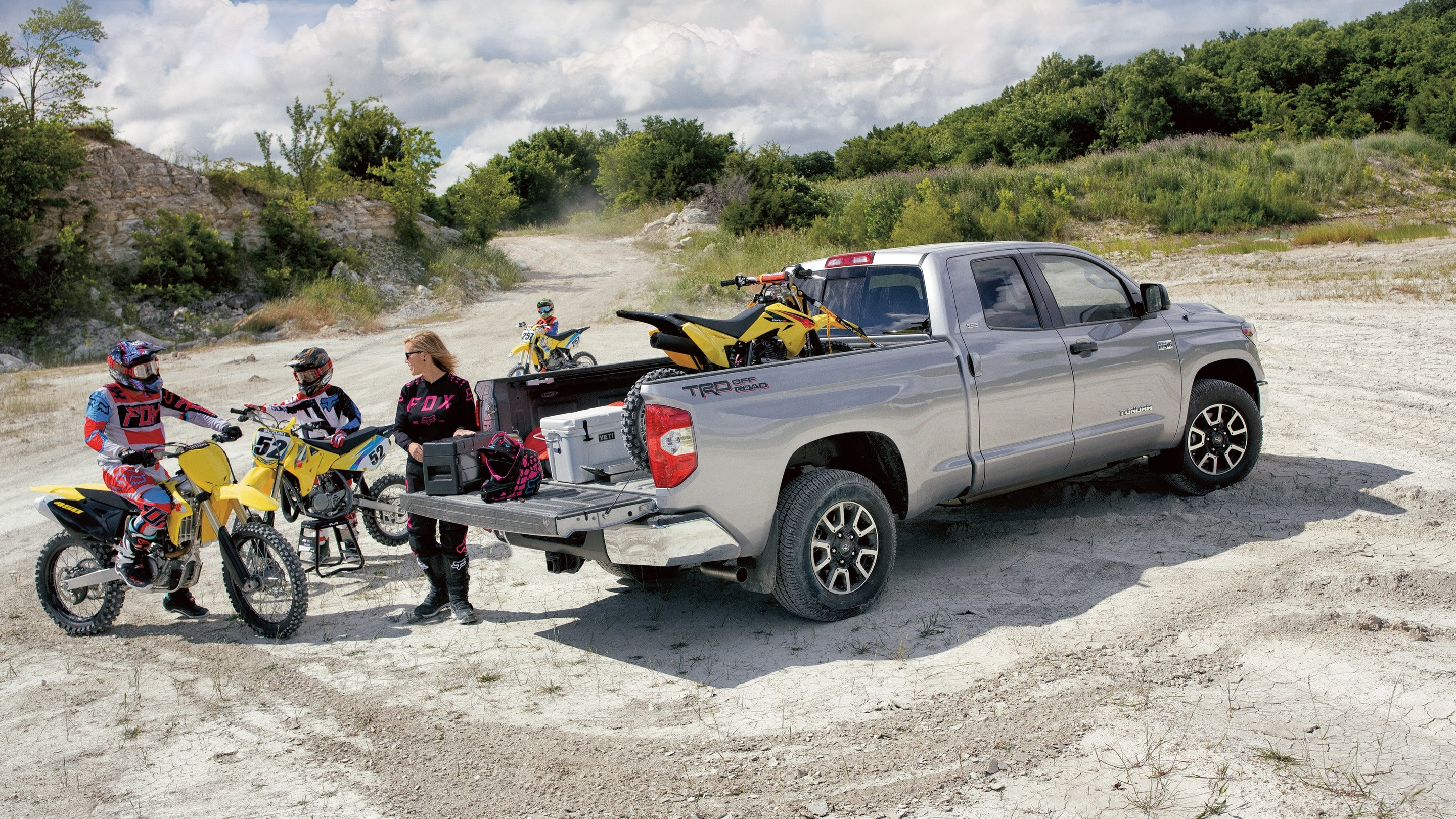 tundra with motorcycle in back