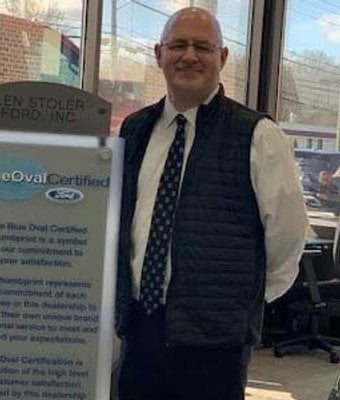 General Sales Manager Gino Gregory in Management at Len Stoler Ford