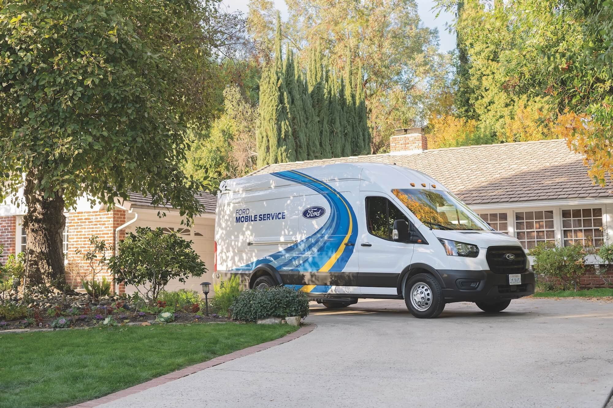 Ford Mobile Service in Driveway - Mullinax Ford of Central Florida