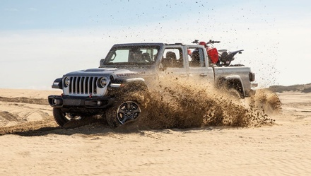 TFLtruck Selects 2020 Jeep Gladiator, 2020 Ram Power Wagon As Top Choice For Gold Winch Award