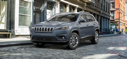 Introducing the New Jeep® Cherokee Latitude Lux