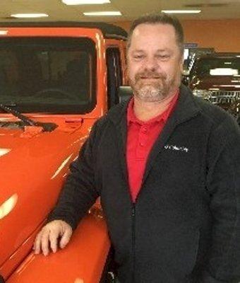 Automotive Sales Specialist Walt Mills in Sales at Pettus Chrysler Dodge Jeep Ram Farmington