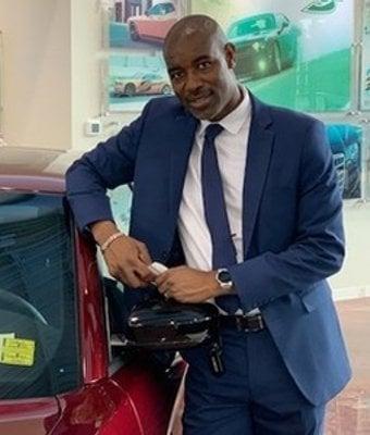 Sales Consultant - Español Victor Estervine in Sales at Landmark Dodge Chrysler Jeep Ram