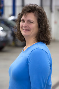 Parts Manager Amy Bausman in Parts at Sharrett Auto Stores