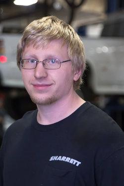 Subaru Technician Kevin Robbins at Sharrett Auto Stores