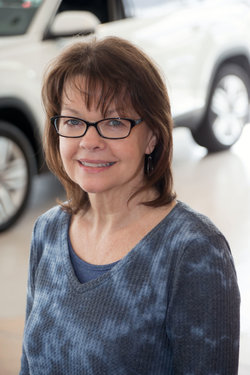 Human Resources Manager Sharon Poffenberger in Sales at Sharrett Auto Stores
