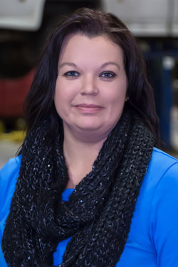 Customer Service Julie Stevens in Service at Sharrett Auto Stores